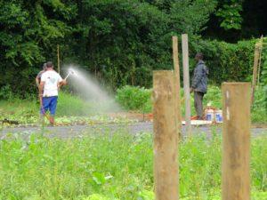 Trabajadores en las instalaciones de Karabeleko (foto: Cuchillo)