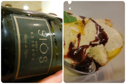 Una copa de Siós para esa crema inglesa, en Unión Artesana (fotos: Cuchillo)