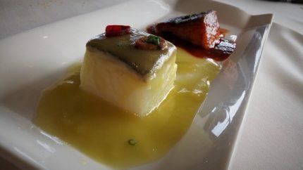 Bacalao al pilpil y a la vizcaína, en restaurante Andra Mari (foto: Cuchillo)