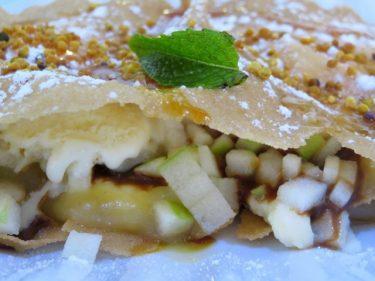 Tarta de manzana, postre estrella de El Baret de Miquel Ruiz (foto: Cuchillo)
