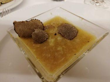 Sopa de ajo con trufas. El Fogón de Salvador.