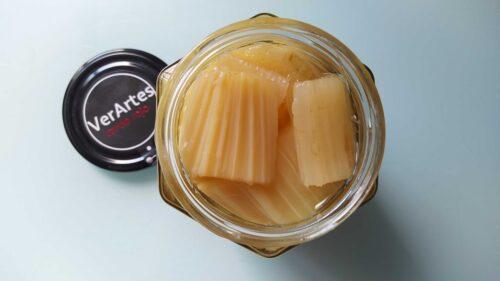 El frasco de cardo rojo de VerArtes, abierto (foto: Cuchillo)